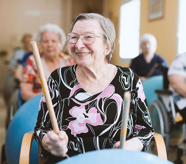 Senior-Living-Community-Activities.jpg